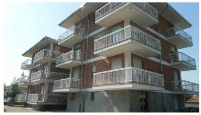condominio 7 appartamenti e 11 box auto - 共管公寓7間公寓和11輛車庫