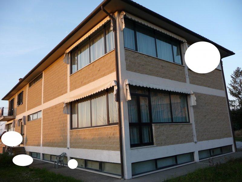 Vendesi/Affittasi immobile Commerciale/Artigianale - 出售/出租商業/工匠財產