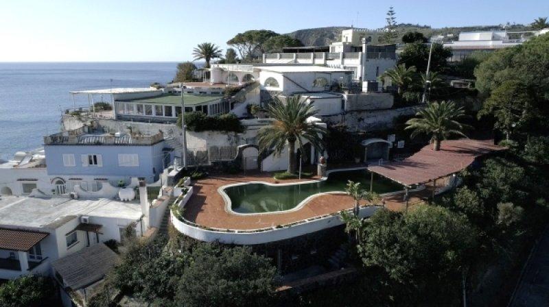 Vendita complesso termale - Isola di Ischia - 出售供熱綜合體-伊斯基亞島